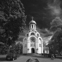 Церковь в чб :: Владимир Иванов