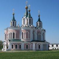 Монастырь в Далматово :: Svet Lana