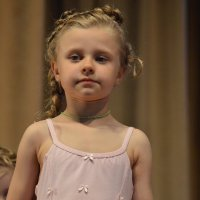 Танцовщица :: Валерий Лазарев
