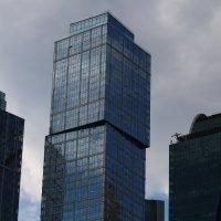 Стекло и бетон :: Сергей Кухаренко
