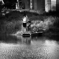 Семья рыбаков :: Руслан Лутов