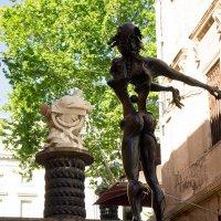 Скульптуры с музеем Дали :: Irina Shtukmaster