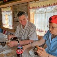 "В кафе музея ""Семенково"" :: Валерий Талашов"