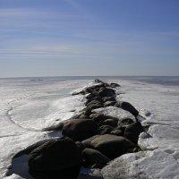 Камни ломают лед :: Михаил Юрьевич