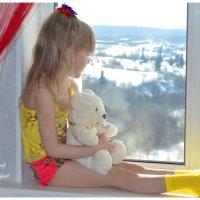 Девочка с мишкой :: Ильдар Шангараев