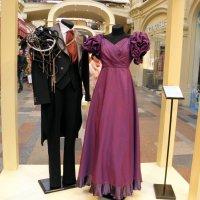Выставка театрального костюма в ГУМе. :: Елена
