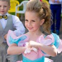 В танце... :: Инта