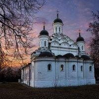 Храм Живоначальной Троицы в Хорошево :: Ирина Климова