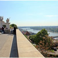 Вид из Братиславского Града на реку Дунай... :: Dana Spissiak