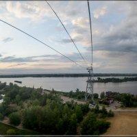 На канатной дороге в Н. Новгороде :: Игорь Волков