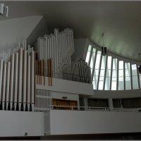 Орган в церкви трех крестов :: Вера