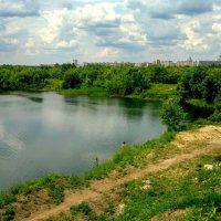 у озера :: Александр Прокудин