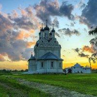 На закате :: Евгений Голубев