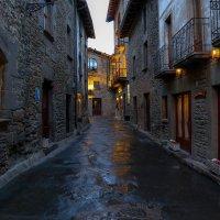 Каталонский городок... :: Сергей