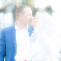 У фонтана :: Владимир Карлов