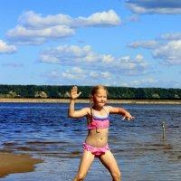 Бальные танцы на Северной Двине. :: Светлана Сметанина