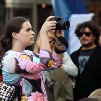 внимательная фото-графиня :: Олег Лукьянов