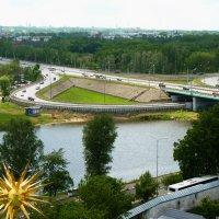 Ярославль.....    Панорама со смотровой площадки колокольни ярославского кремля :: Galina Leskova