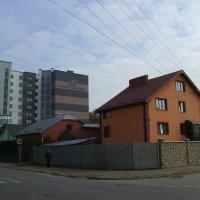 Жилые  дома  в  Ивано - Франковске :: Андрей  Васильевич Коляскин