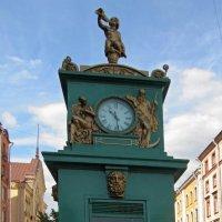 Уличные часы :: Вера Щукина