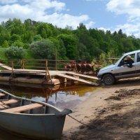 Паромная переправа через реку Луга :: Наталья Левина