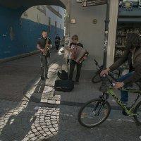 Уличные музыканты :: Людвикас Масюлис