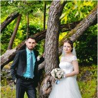 и дождь красивой  свадьбе не  помеха :: Евгения Полянова