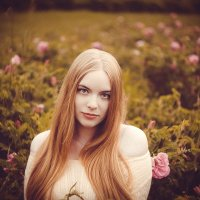 girl and flowers :: Павел