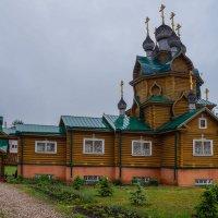 Церковь в Чагоде :: Анатолий