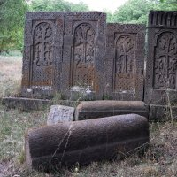 Cредневековые хачкары :: Volodya Grigoryan