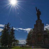 Монумент вождю мирового пролетариата :: Юрий Митенёв
