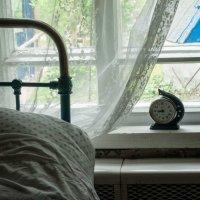 Окно деревенской спальни, 2016 :: Ирина Высоцкая