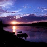 Закат с моста :: Артем