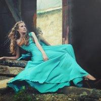 Blue dress :: Xeniya Likich
