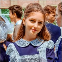 Школьники думают, что в институте лучше, но только студенты знают, что лучше в садике! :: Наталья Александрова