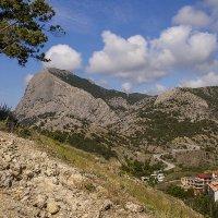...Вид на горы из крепости :: Ирина Рассветная