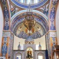 Тишина армяно - католического Храма :: M Marikfoto