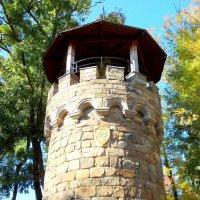Кабардинка. Дозорная башня в Старом парке :: Нина Бутко