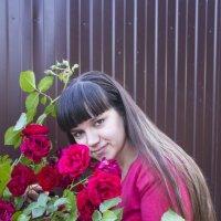 девушка в розах :: олег мысак