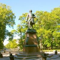 Памятник Петру Первому в Кронштадте. :: Лия ☼