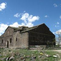 Церковь в селе Гусанагюх :: Volodya Grigoryan