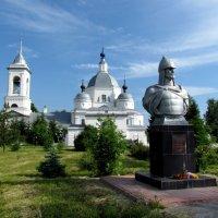 Свято-Троицкий Александра Невского храм в селе Ворша :: галина северинова