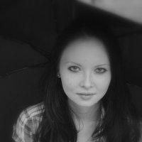 Под дождем :: Ирина Тихоненко