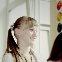 Студентка из меда... :: Александр Юрийчук