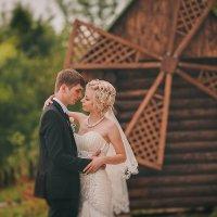 Старая мельница - все перемелится, только любовь никогда... :: Сергей Урюпин