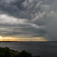 кто кого: Солнце или дождь?! :: Андрей ЕВСЕЕВ