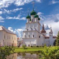 Церковь Иоанна Богослова в Ростовском кремле построена в начале 1680-х :: Alexsei Melnikov