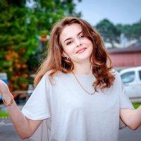 Почему-то из двух влюбленных, один обязательно стерва... :: Наталья Александрова