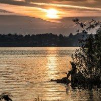 Sunrise on the Lake :: Dmitry Ozersky