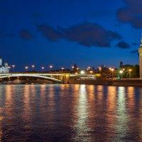 Москва. Вечерняя панорама Москвы реки в сторону Большого каменного моста :: Минихан Сафин